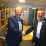 Олександр Сугоняко нОлександр Сугоняко на зустрічі з Норвезькою робітничою партієюа зустрічі з Норвезькою політичною партією